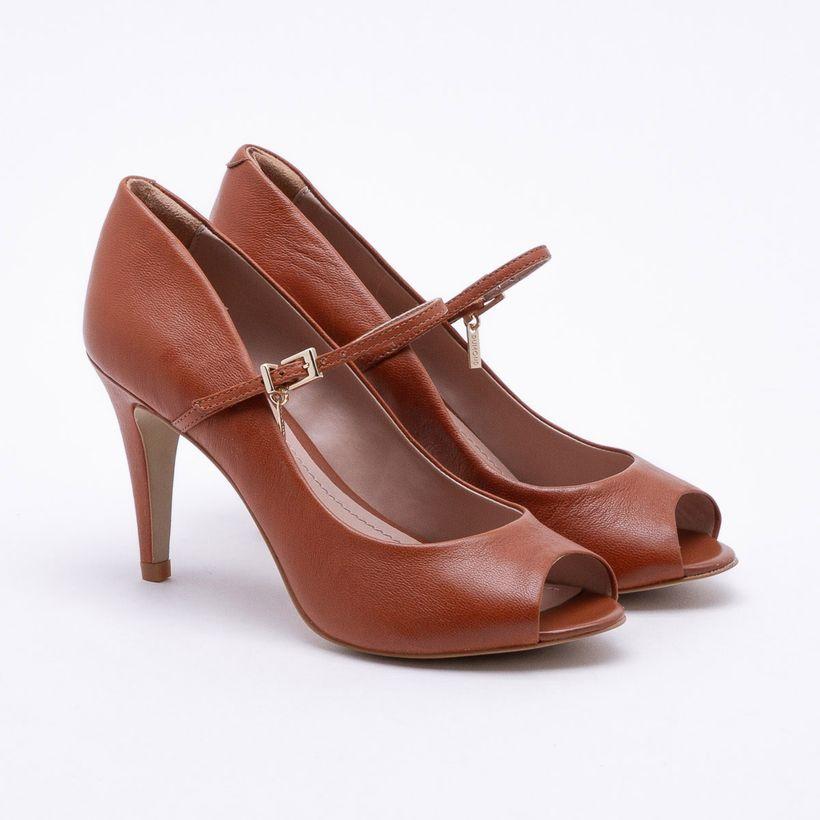c52a09c1e Dumond | Tendência em Sapatos, Bolsas e Acessórios