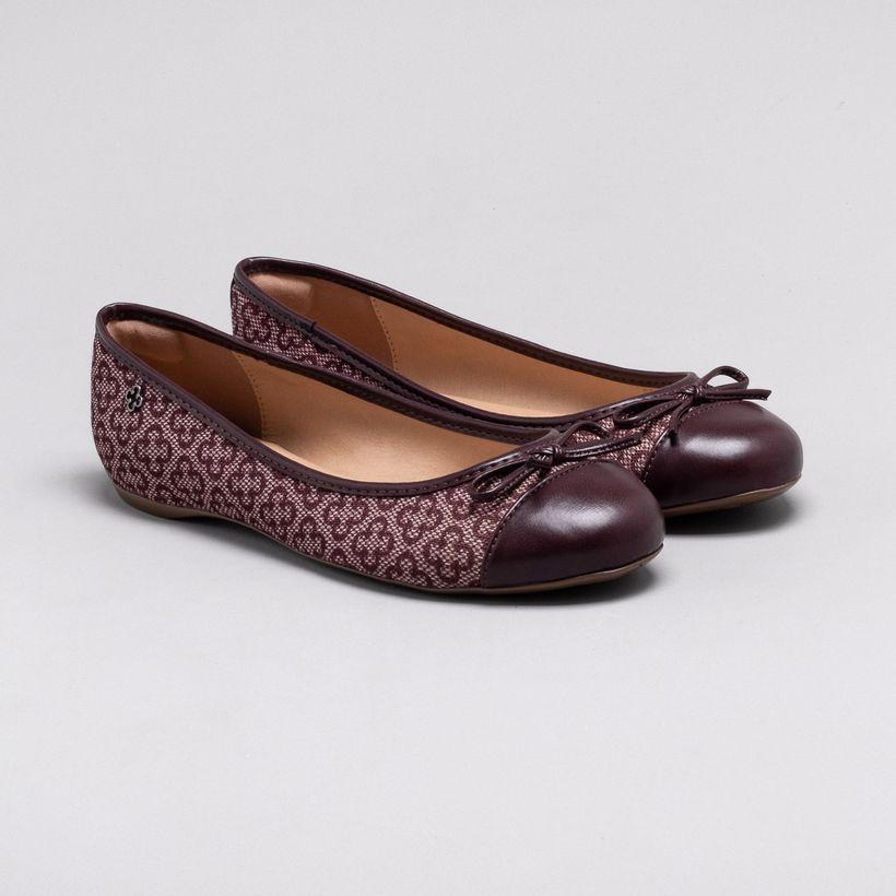 b35f020fc5 Sapatos